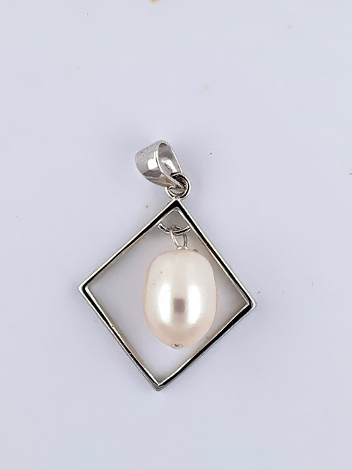 Cultured Freshwater Pearl on Sterling Silver