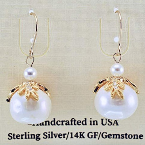 Classic Freshwater Pearl with ornate cap