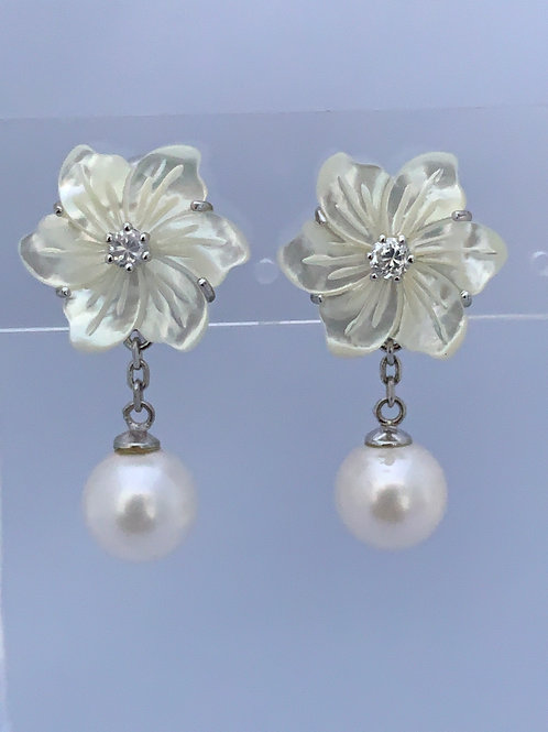 Freshwater and Mother of Pearl Flower w/CZ on Sterling Silver