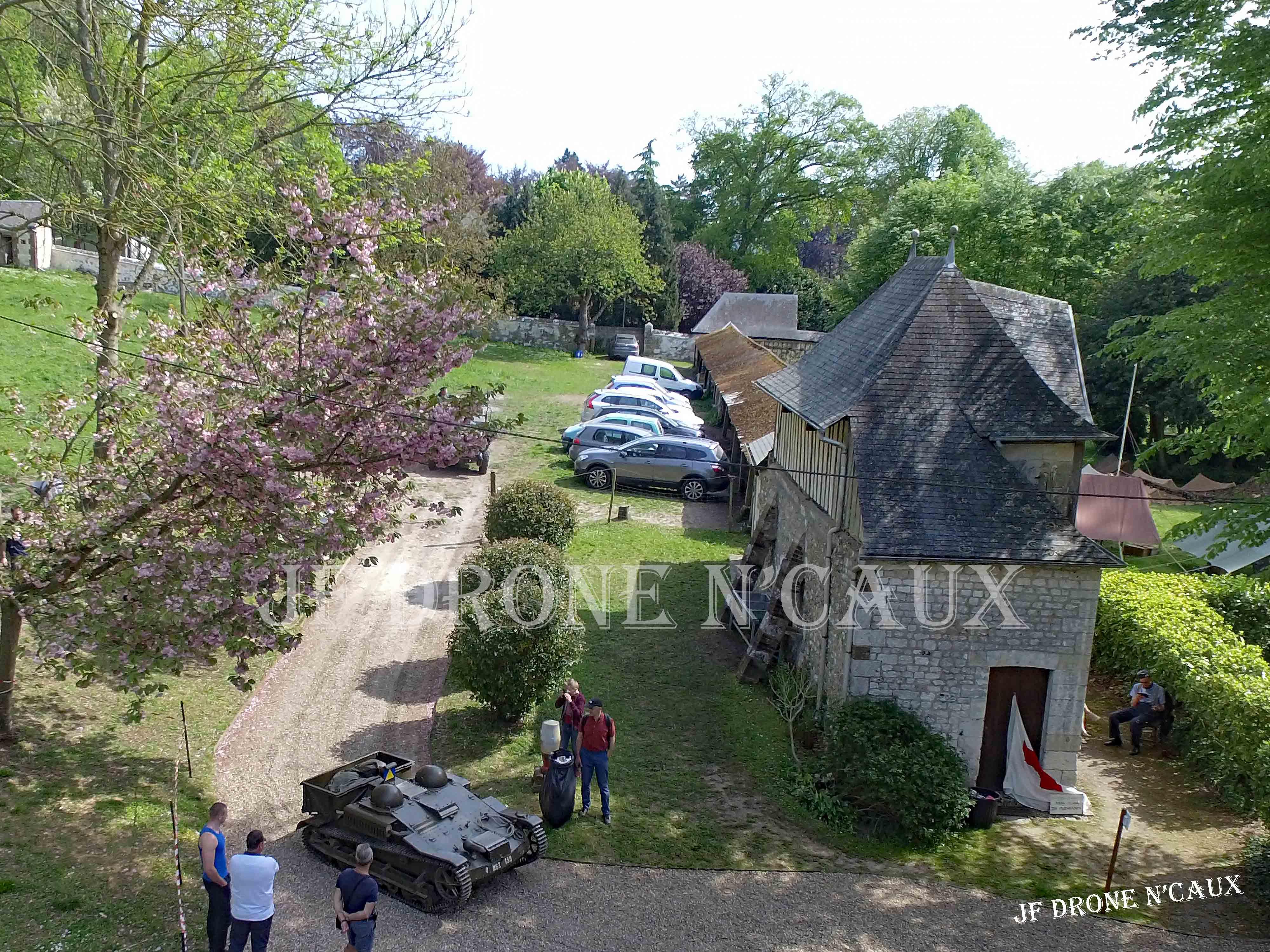 Commémorations du 8 mai 1945 au Chateau Du Taillis à Duclair DJI_0303