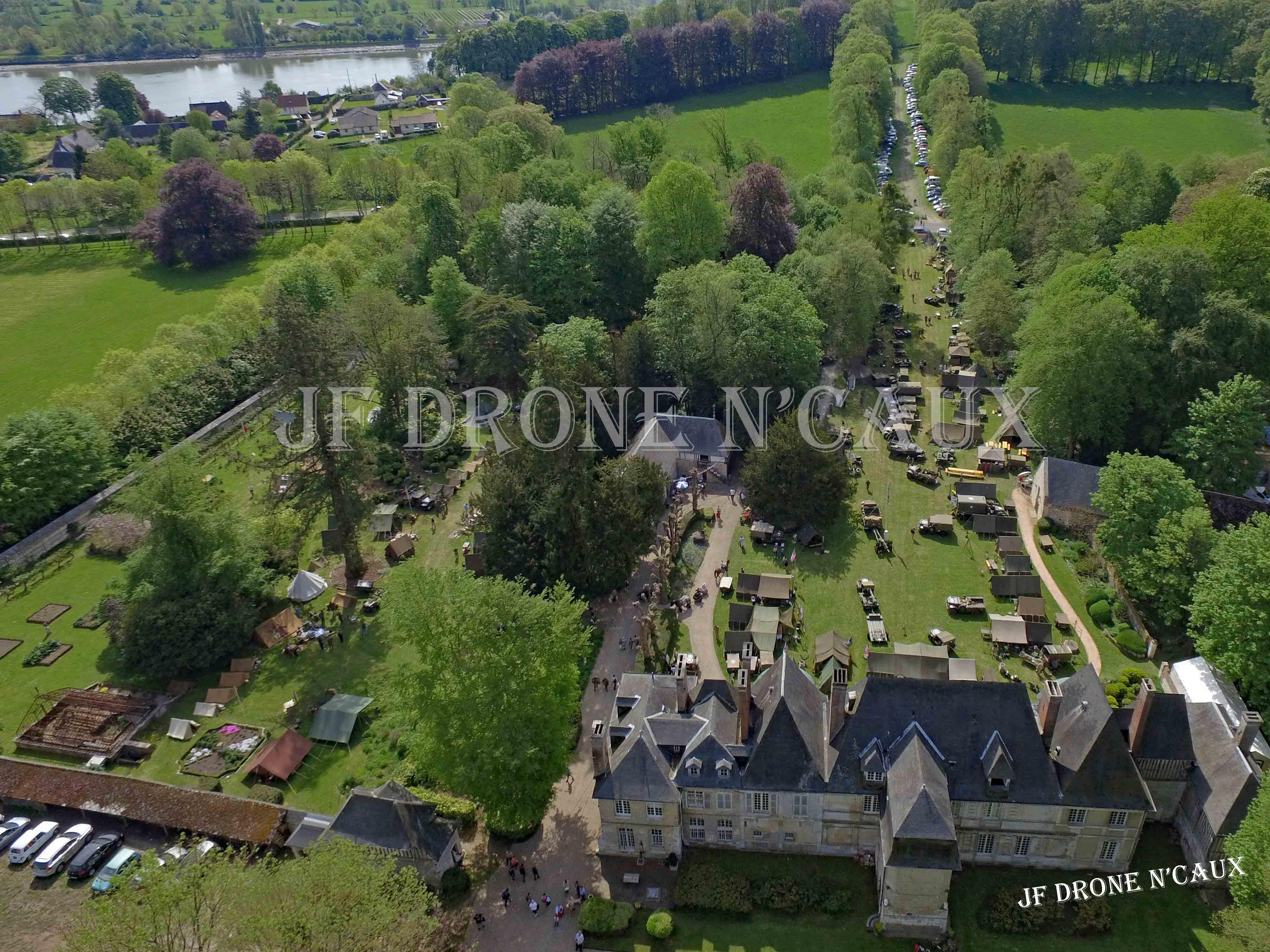Commémorations du 8 mai 1945 au Chateau Du Taillis à Duclair DJI_0320