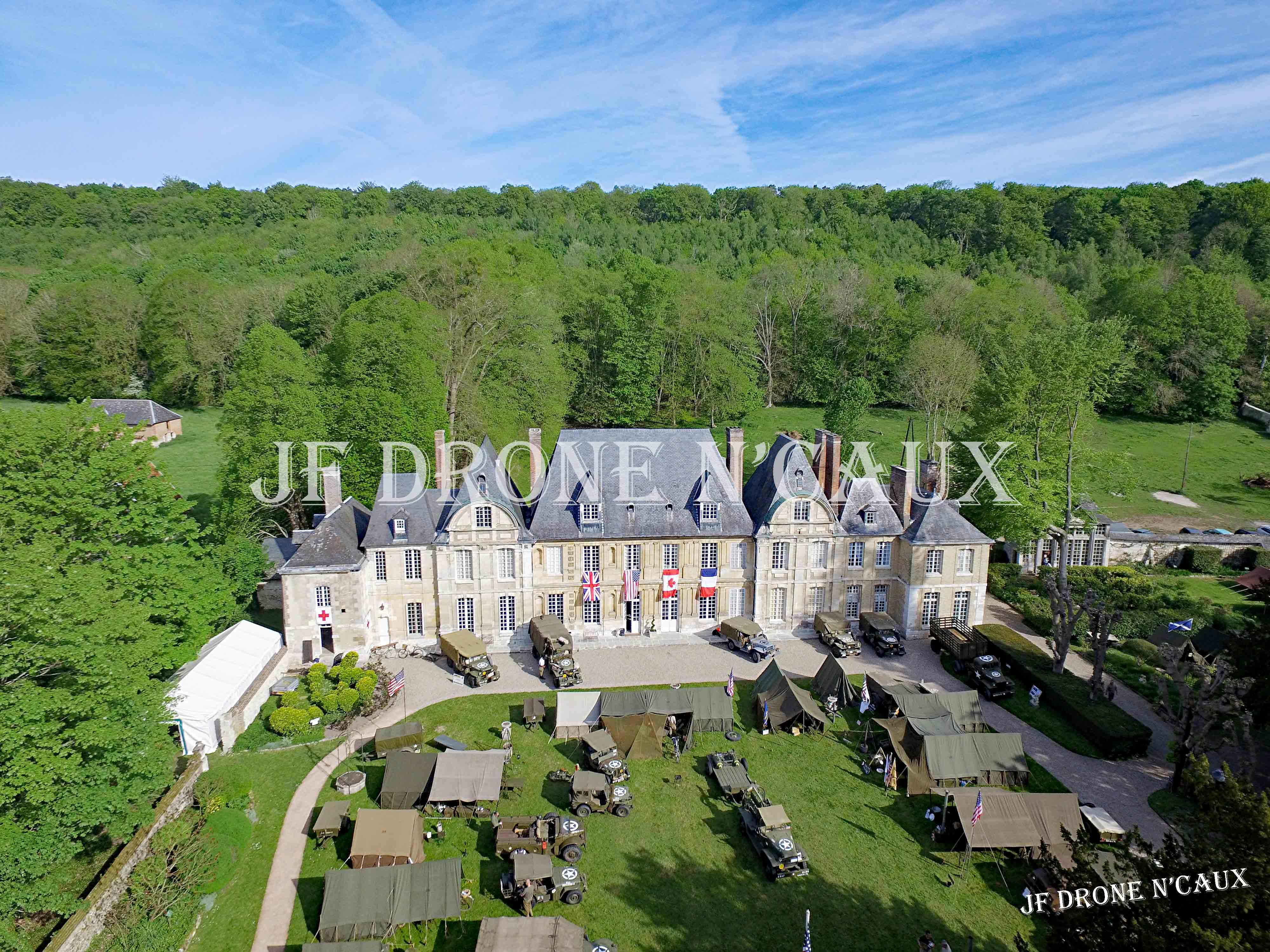 Commémorations du 8 mai 1945 au Chateau Du Taillis à Duclair DJI_0031