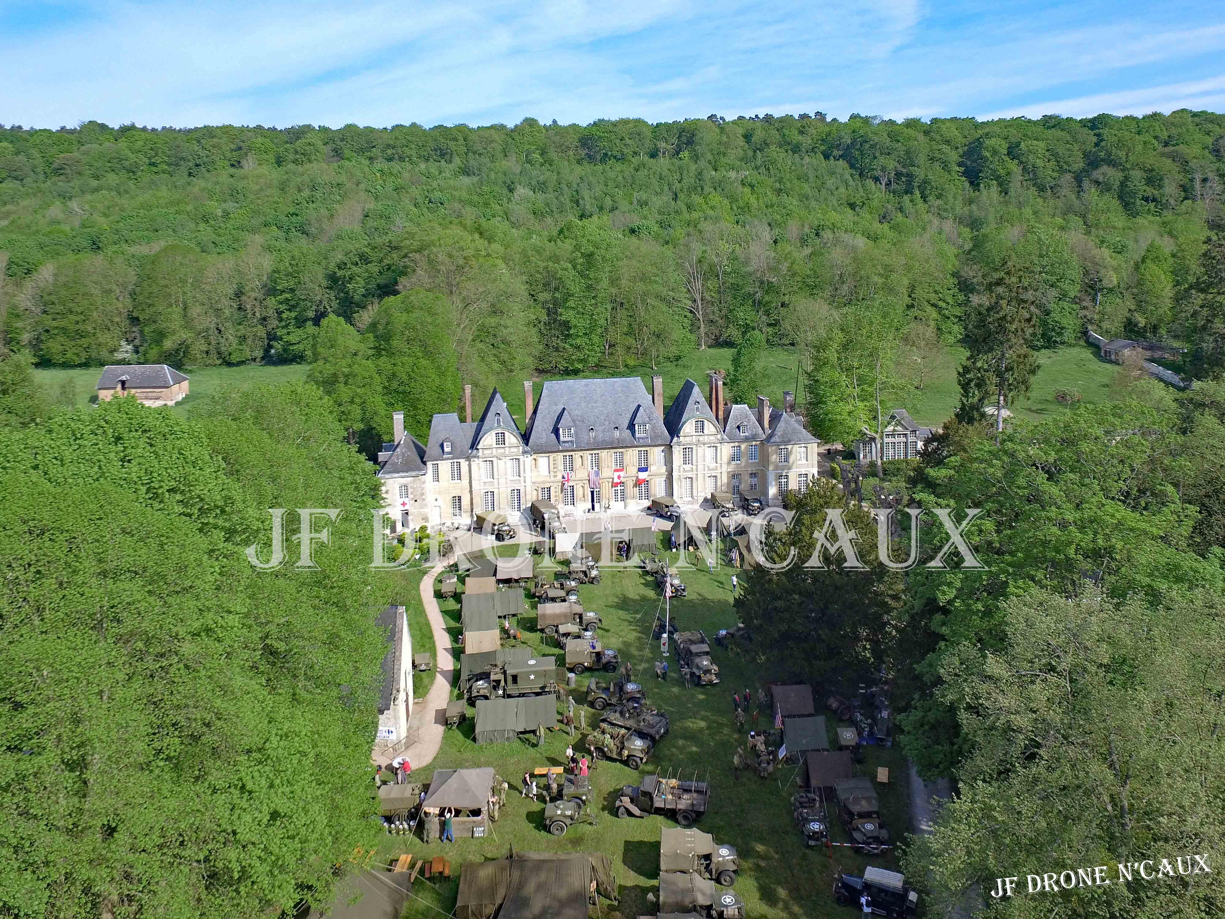 Commémorations du 8 mai 1945 au Chateau Du Taillis à Duclair DJI_0132