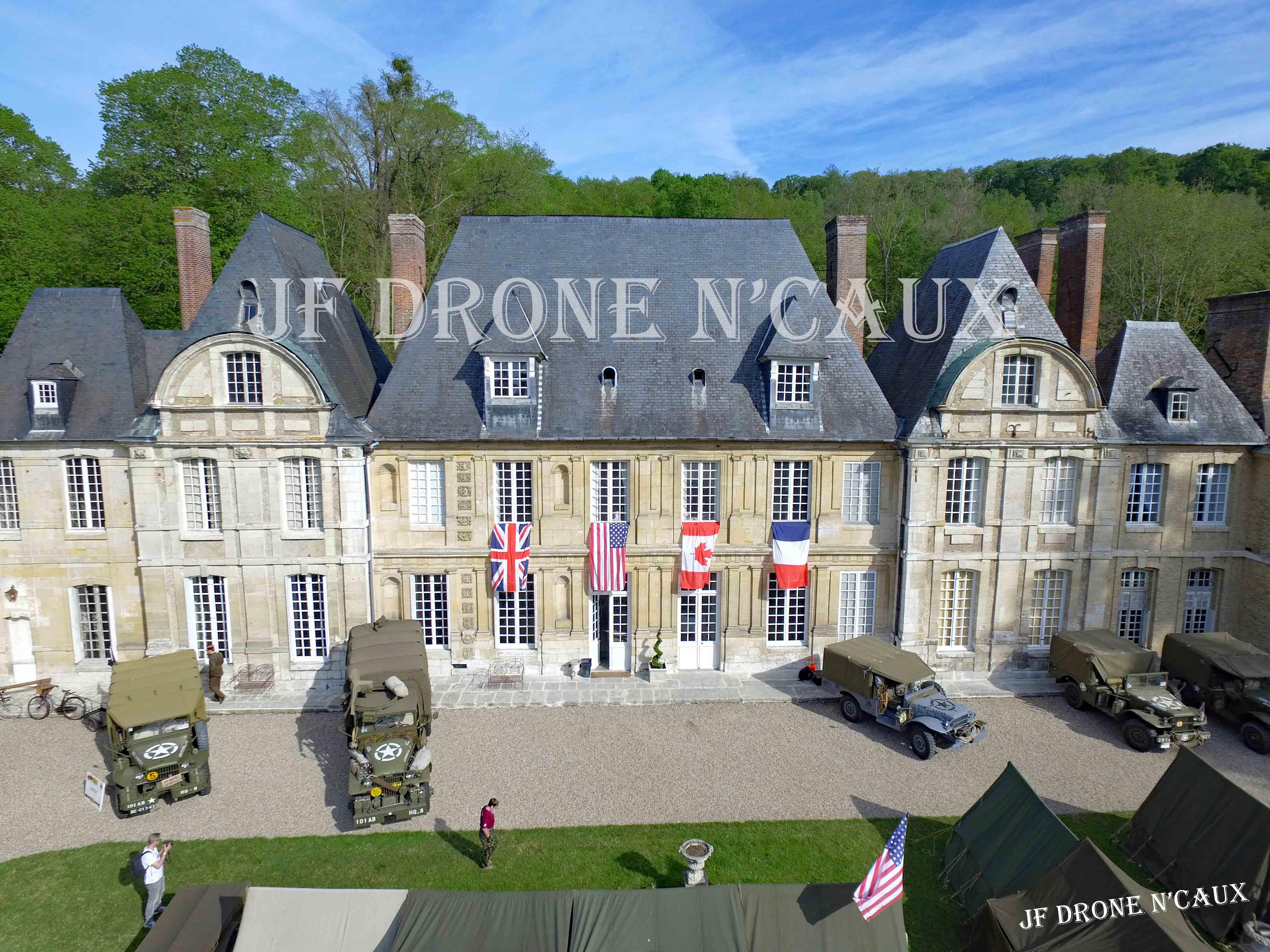 Commémorations du 8 mai 1945 au Chateau Du Taillis à Duclair DJI_0015