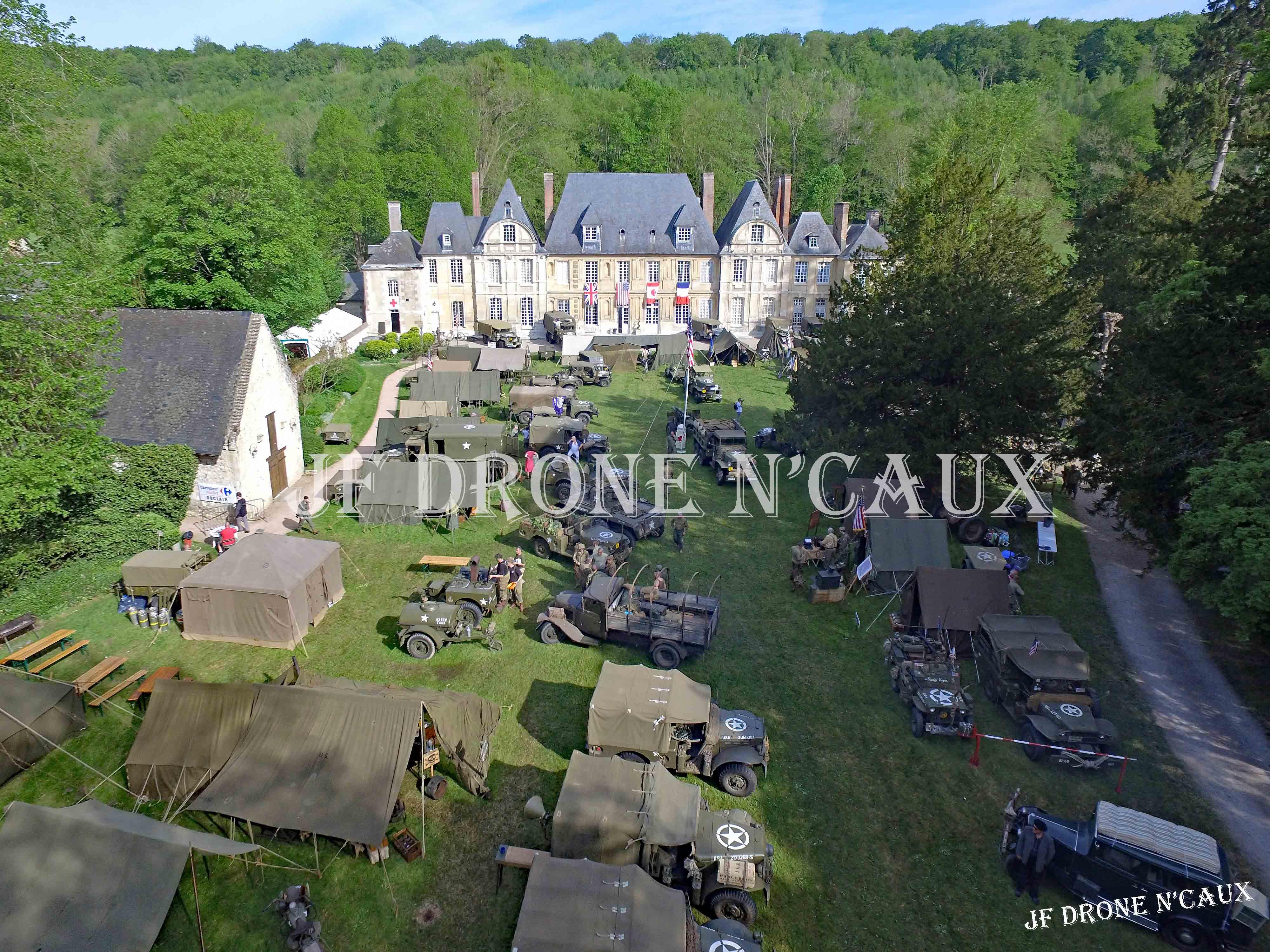 Commémorations du 8 mai 1945 au Chateau Du Taillis à Duclair DJI_0049