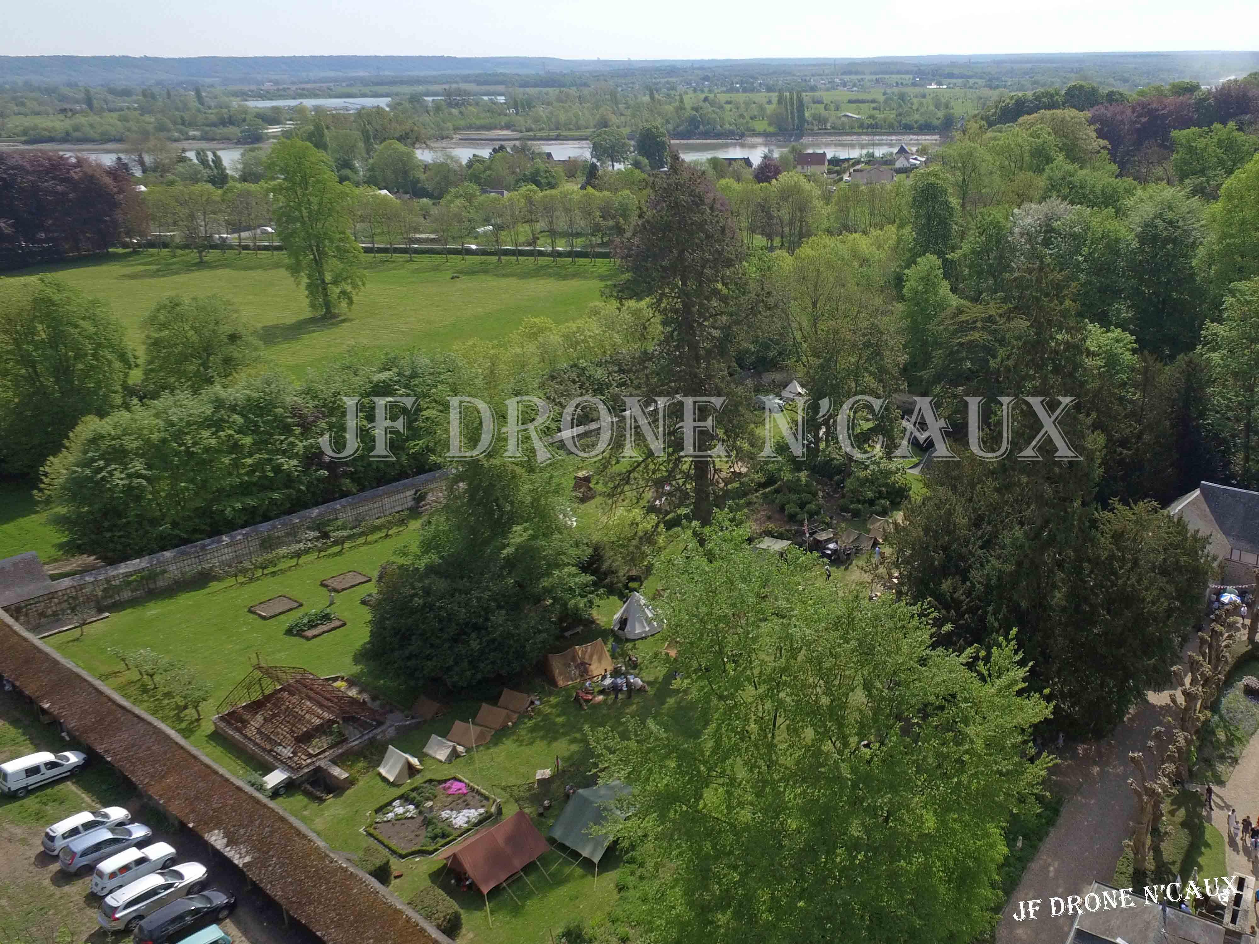 Commémorations du 8 mai 1945 au Chateau Du Taillis à Duclair DJI_0340
