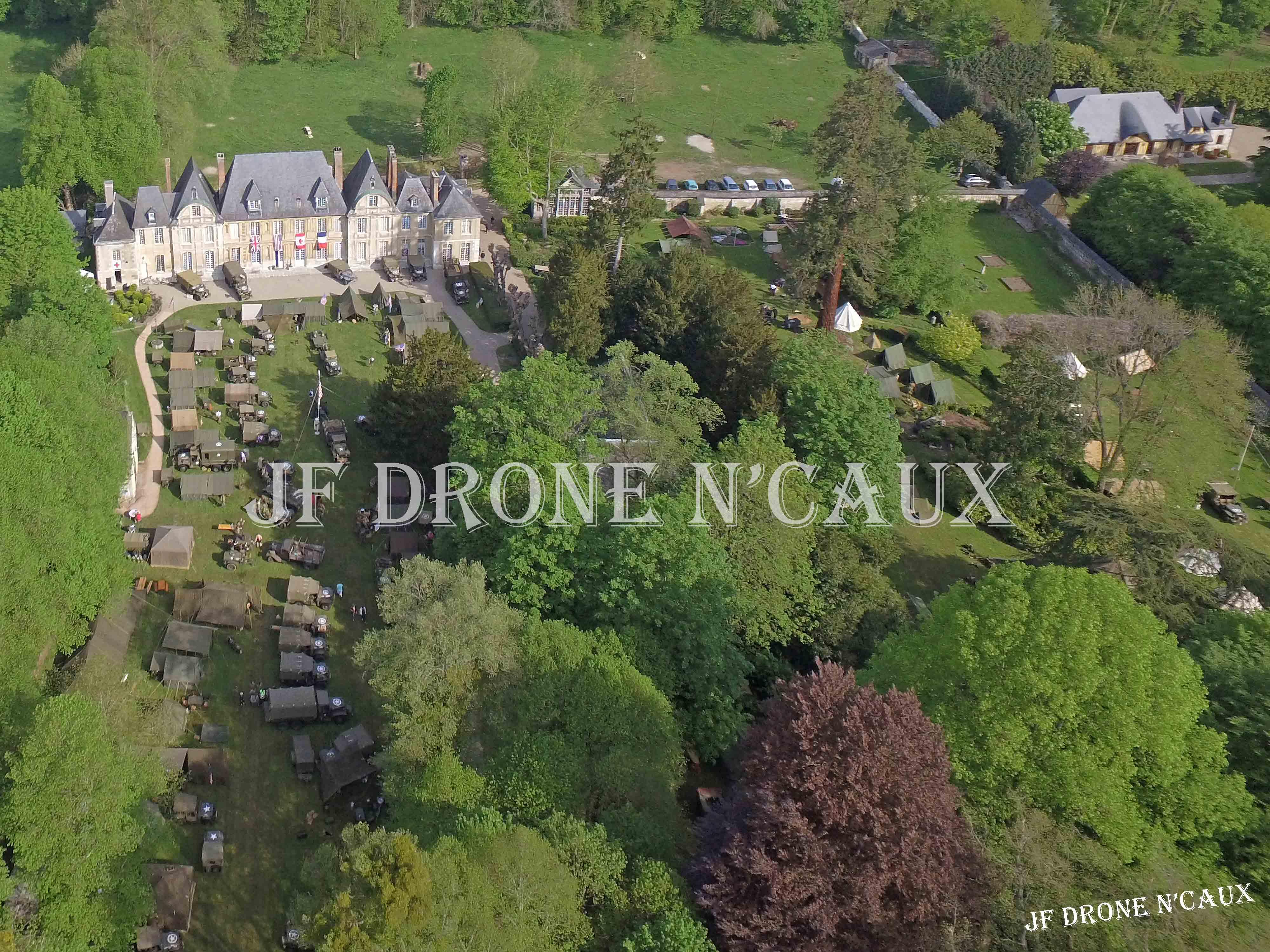 Commémorations du 8 mai 1945 au Chateau Du Taillis à Duclair DJI_0073