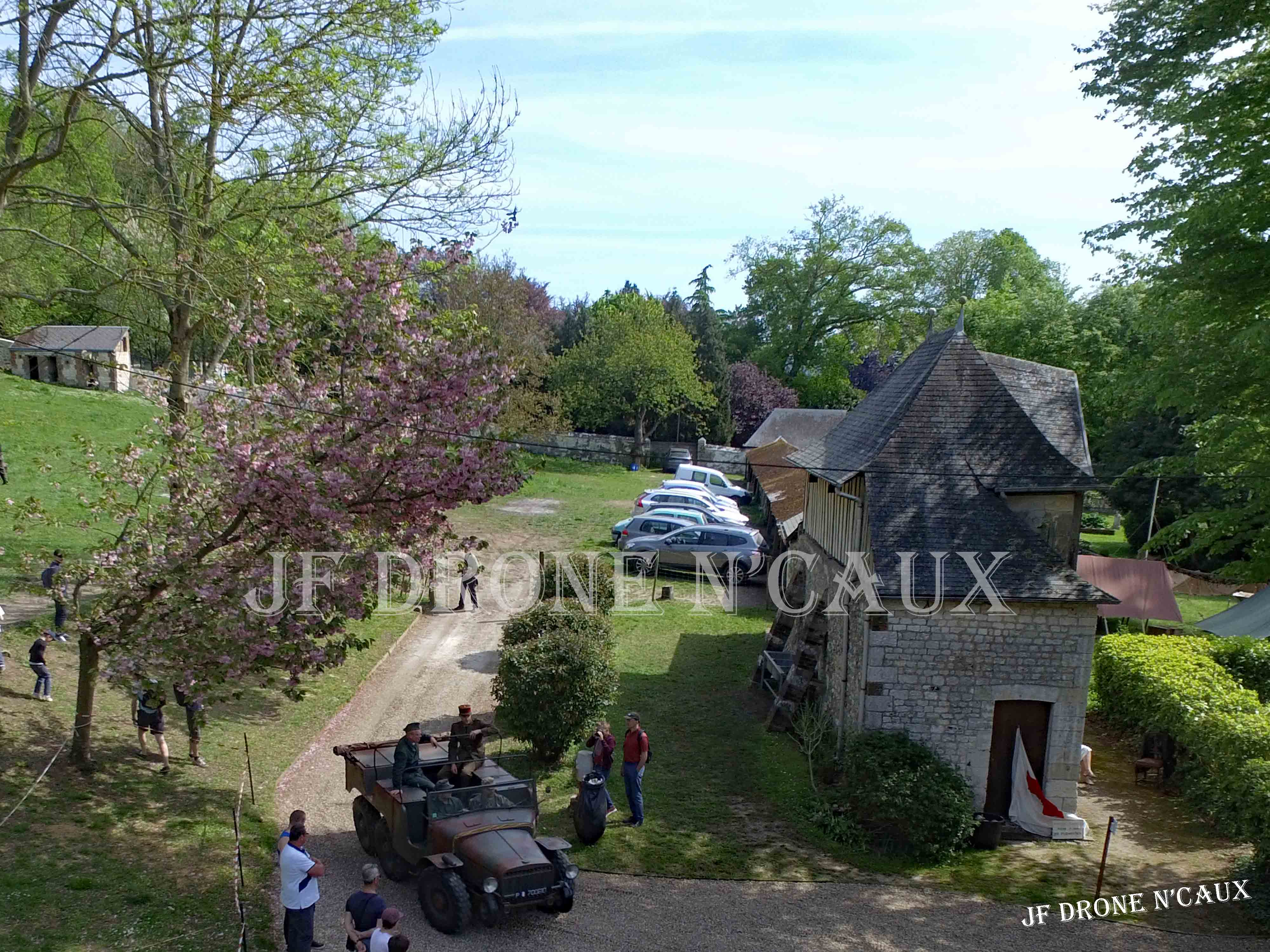 Commémorations du 8 mai 1945 au Chateau Du Taillis à Duclair DJI_0307