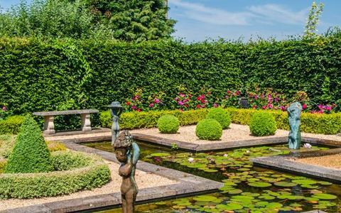 Barnsdale Gardens
