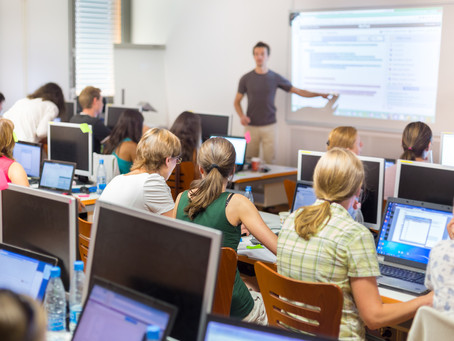 Choose the Right Wireless Presentation and Display Solution for Your Classroom.
