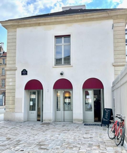Douze Hall gourmande Paris 12