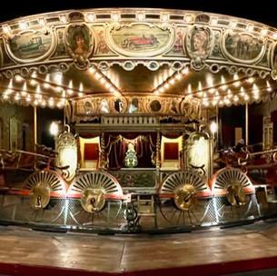 Le Musée des Arts Forains : manèges et attractions du passé à découvrir à Bercy