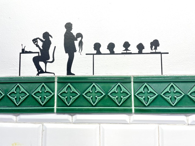 silhouettes opera garnier ratp station