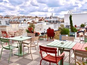 La terrasse et le rooftop de l'hôtel Le Grand Quartier à Paris