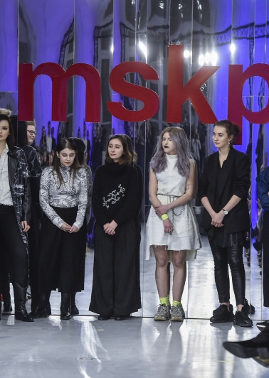Os 15 Alunos Premiados no 13th Anniversary Diploma Show, em Varsóvia.