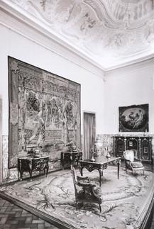 Aspecto da instalação temporária da Colecção Gulbenkian no Palácio Pombal. Oeiras (1965-1969).