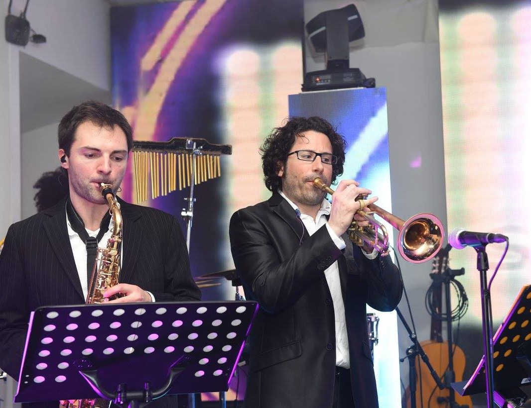 SING SONG ORCHESTRE & DJ LIVE