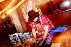 DJ 時雨沢薫