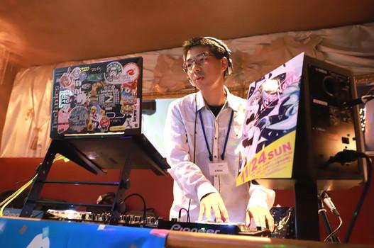 DJ とれのん