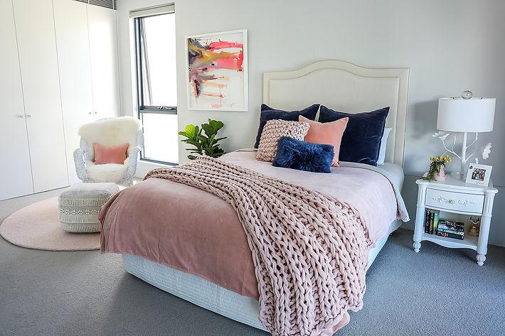 Teenage gir's bedroom soft colours.jpg