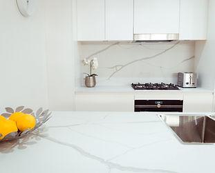 Kitchen design | Kitchen renovation | stone benchtop | white kitchen