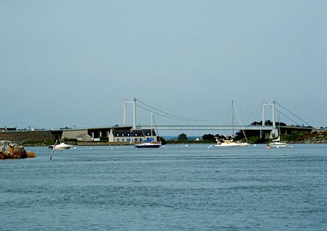 <<pont-lorois>>