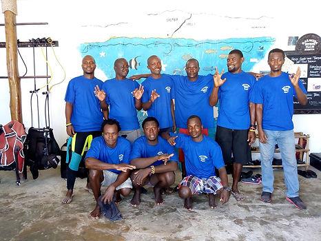 Members of Baracuda diving team
