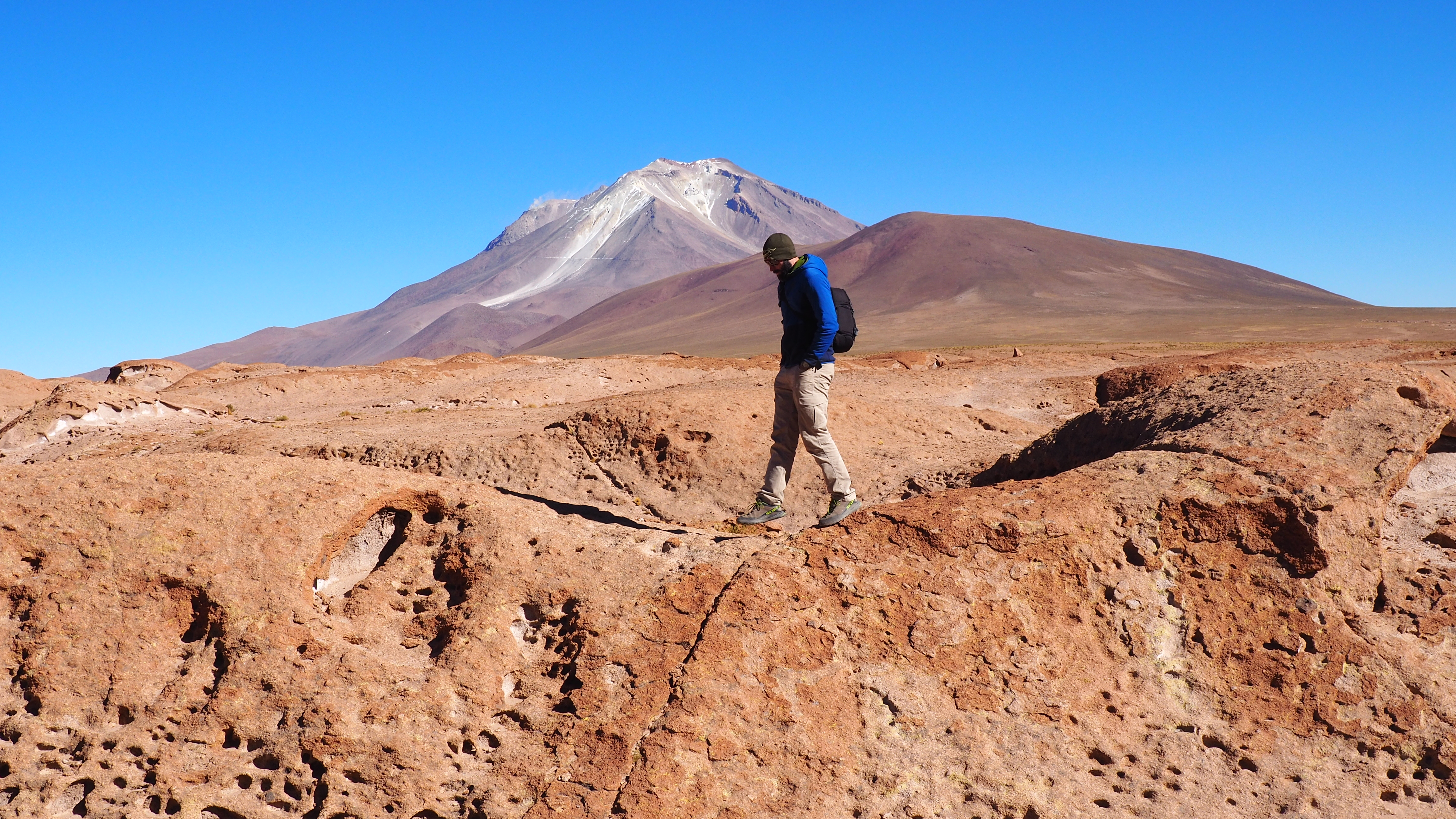 altiplano volcano