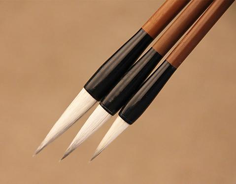 Pinceau de calligraphie (poils mixte)   26.6 cm X 0.9 cm
