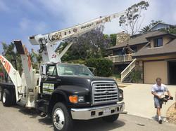 bucks movers crane