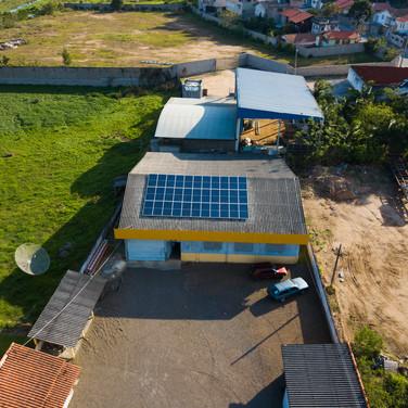 Energia solar on-grid - Corremar Móveis