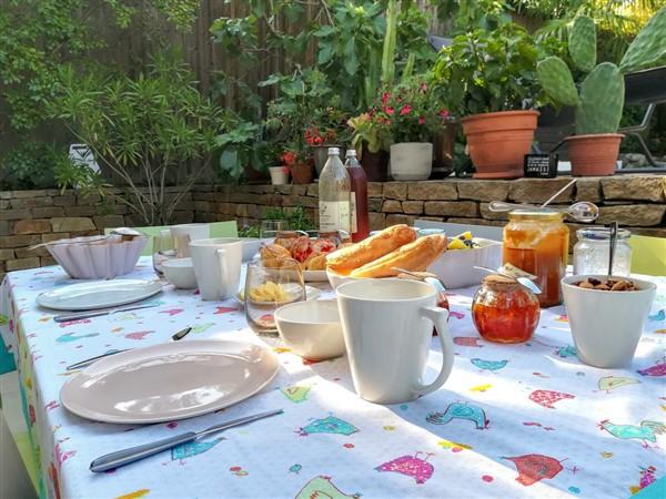 Petits dejeuners - Une odeur de Tilleul Chambre d'hotes - Montbrison