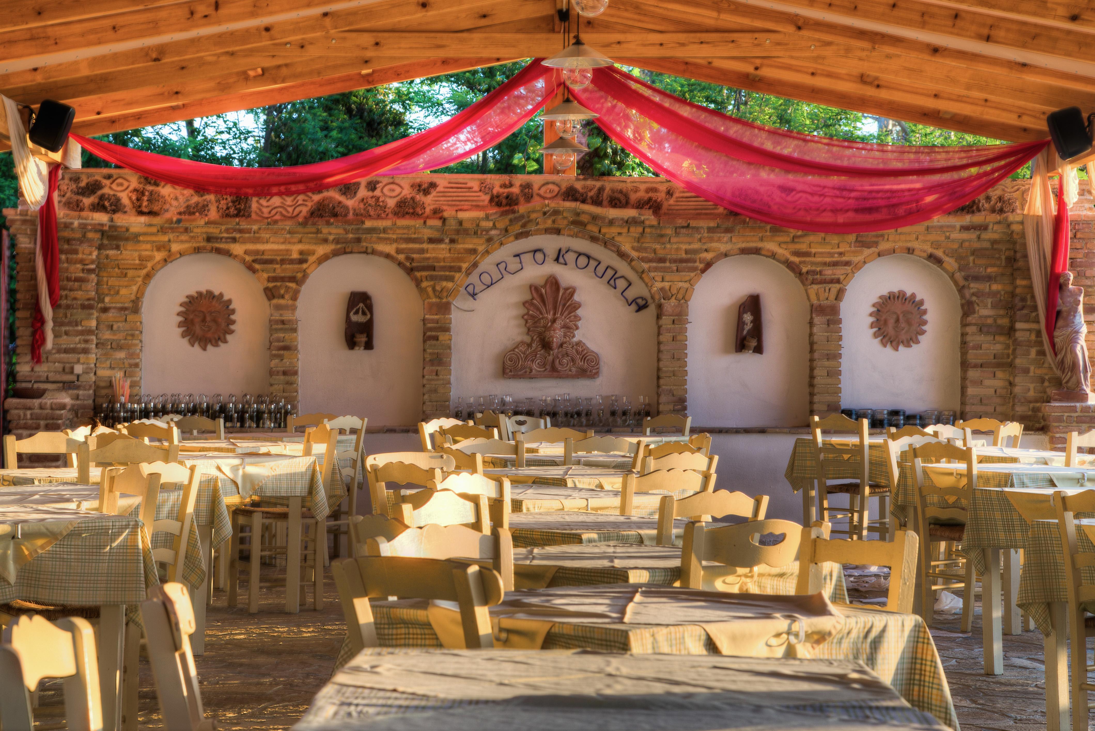 Porto Koukla Restaurant