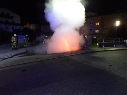 Fahrzeugbrand Gadaunererstraße