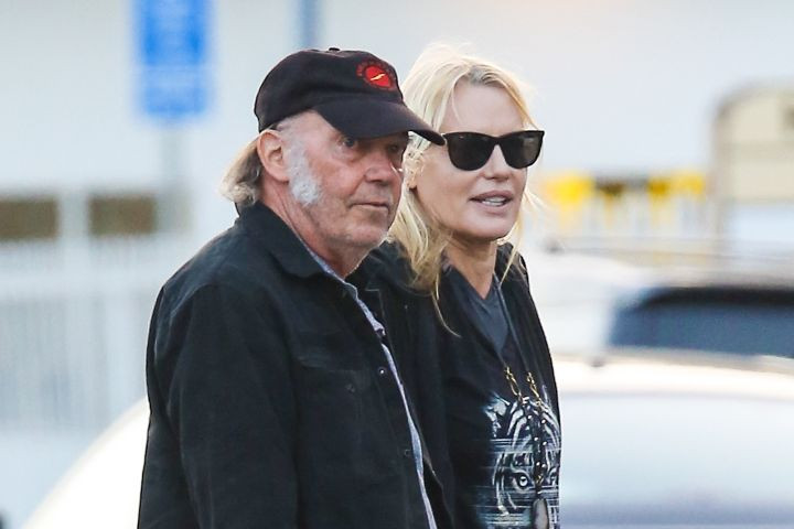 Congratulations to (Possible Newlyweds) Daryl Hannah & Neil Young