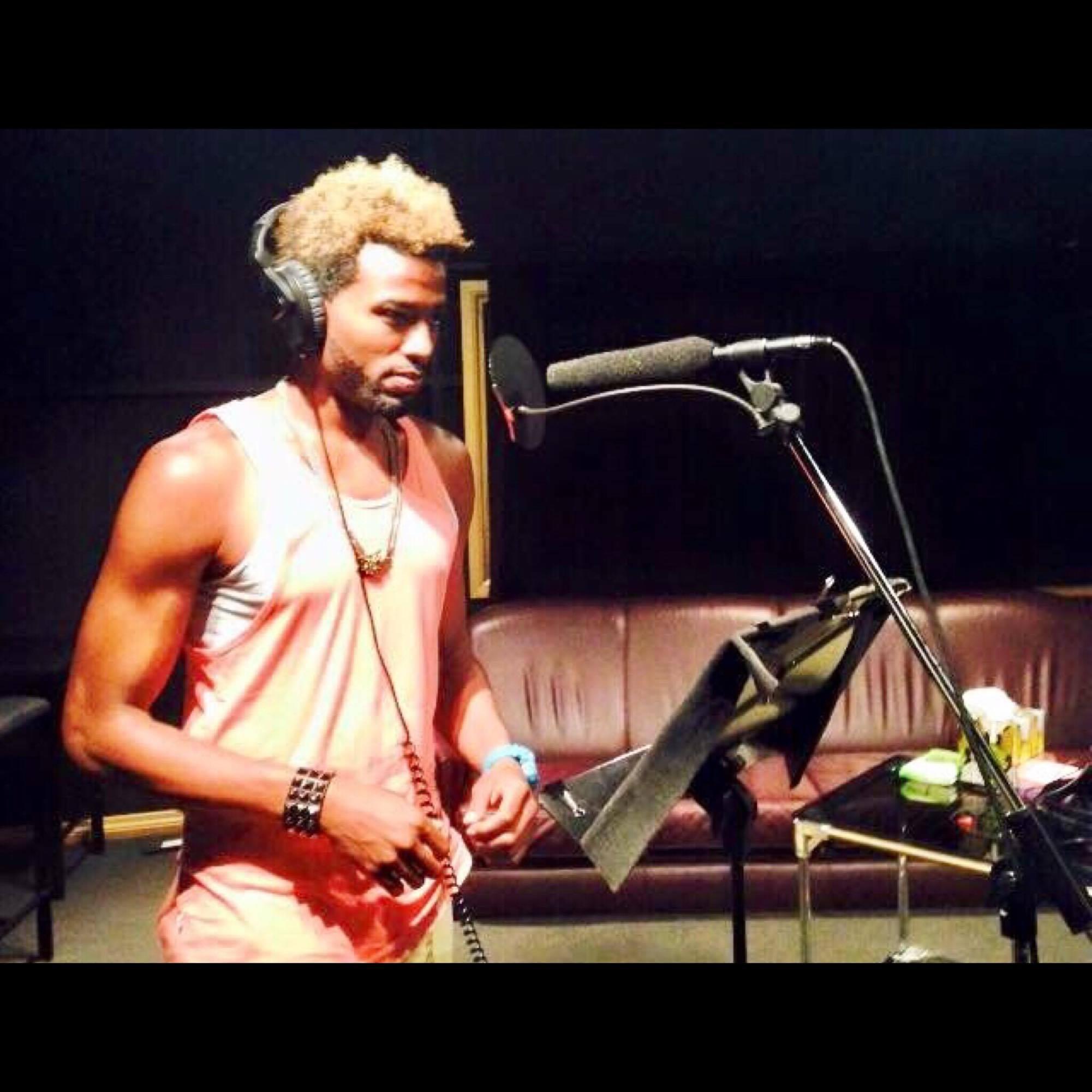 Kelvin Taylor performing in studio