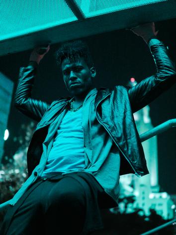 Kelvin Taylor (actor) - China Town 14.png