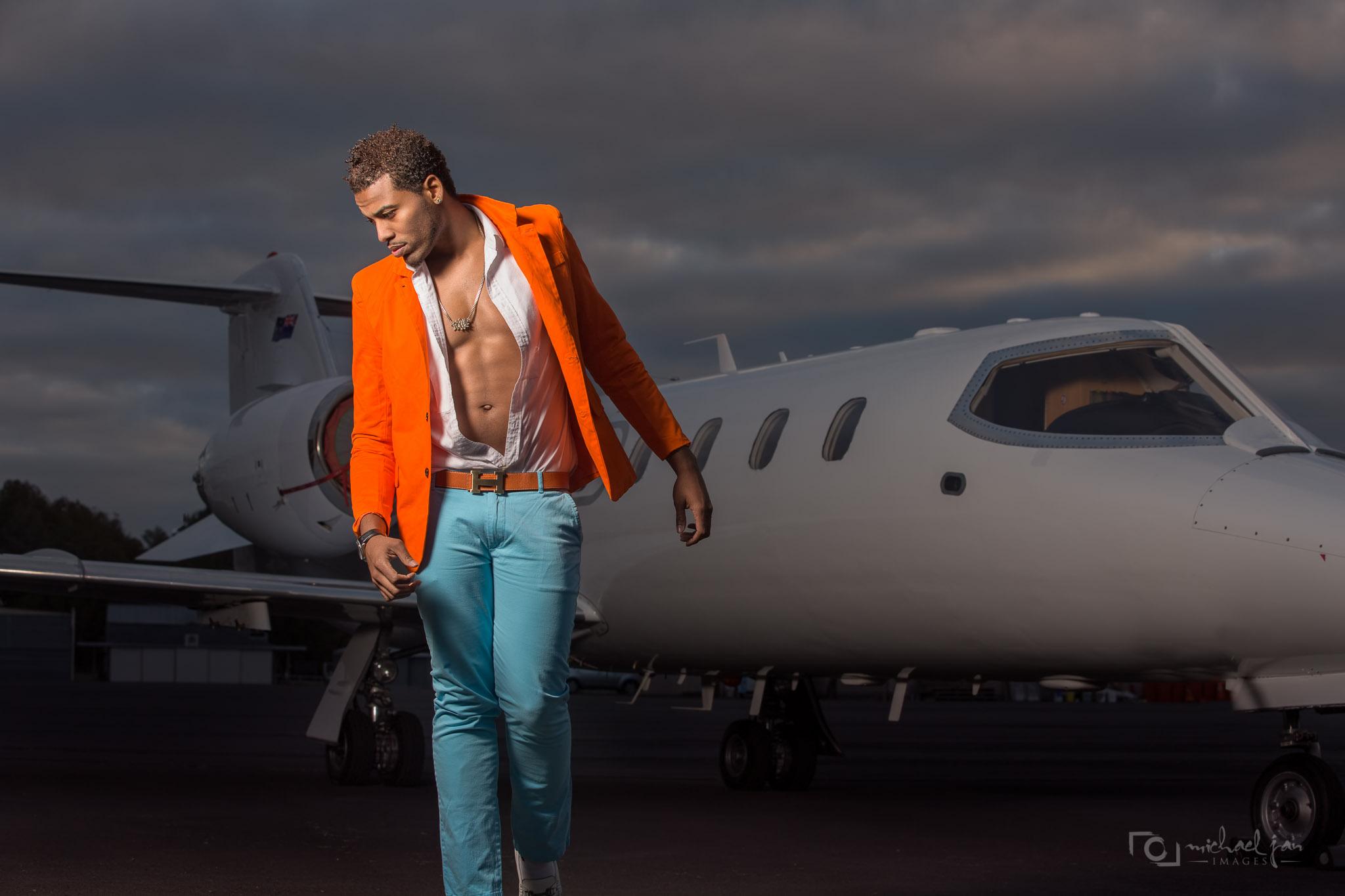 Kelvin Taylor - Lear Jet 6