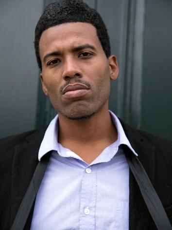 Kelvin Taylor (actor) - LA Confidential 14.png