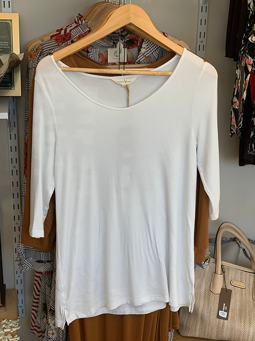 BAMBOO BODY white 3/4 sleeve top - small ladies