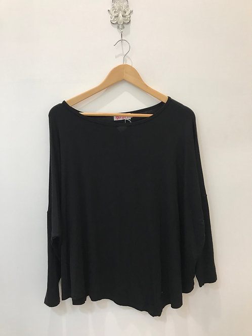 Batwing 3/4 Sleeve Top Black