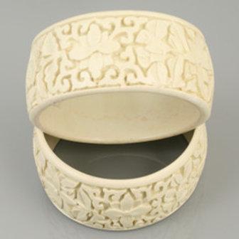 MOKO Floral Design Bracelet