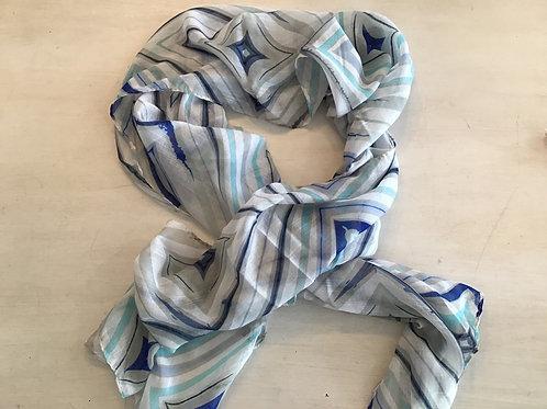 Scarf - with blue diamond pattern