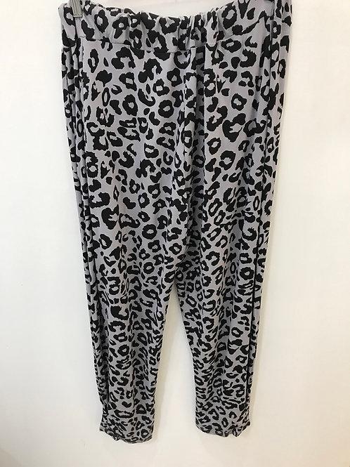 Gray Leopard Print Pant