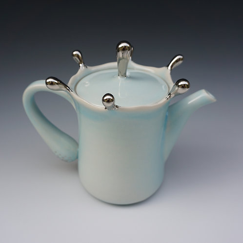 Reflection Tea Pot