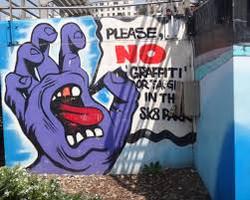 Bondi beach graffit wall