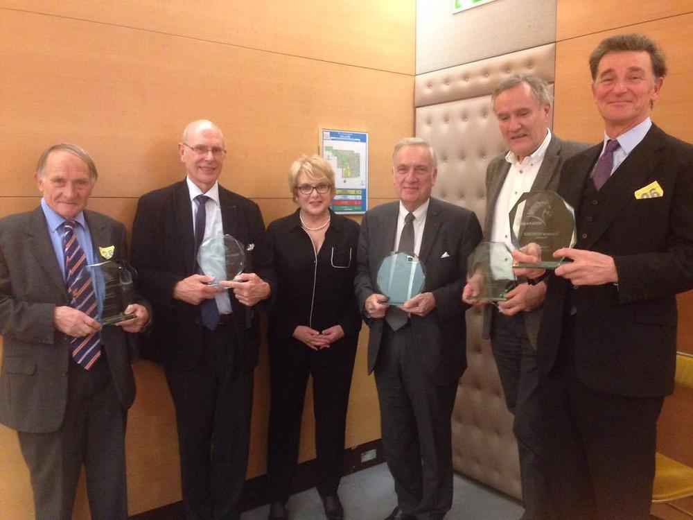 (© Cheval, passion de femmes) Les 5 présidents de la filière équine lors du colloque sur l'entreprise équine au Sénat le 25 novembre 2016