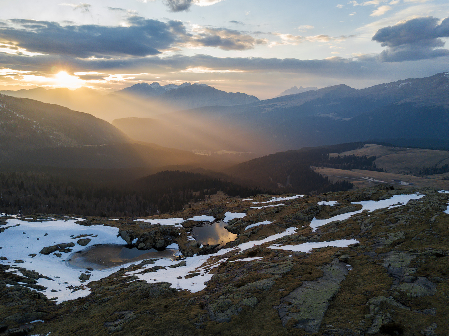 Dolomiti Tramonto dalla Cavallazza.jpg