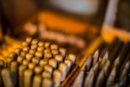 Cigars, istogies, IHOS, international house of stogies
