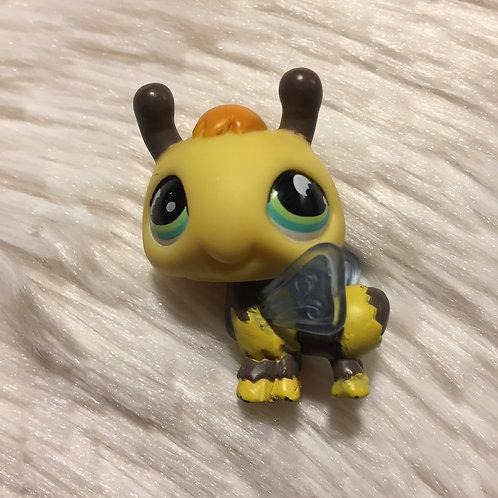 LPS Authentic Bumblebee Bug